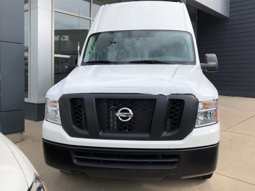 2019 Nissan NV 2500 Cargo S V6 High Roof in Mississauga, Ontario - 2 - w1024h768px