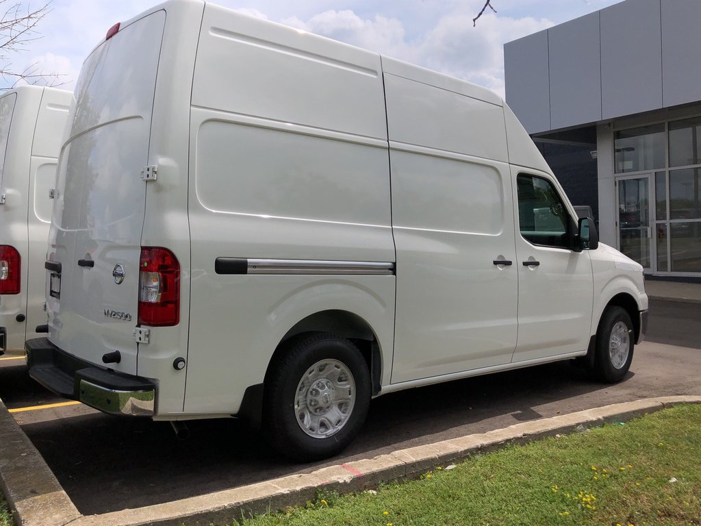 2019 Nissan NV 2500 Cargo SV V6 High Roof in Mississauga, Ontario - 4 - w1024h768px