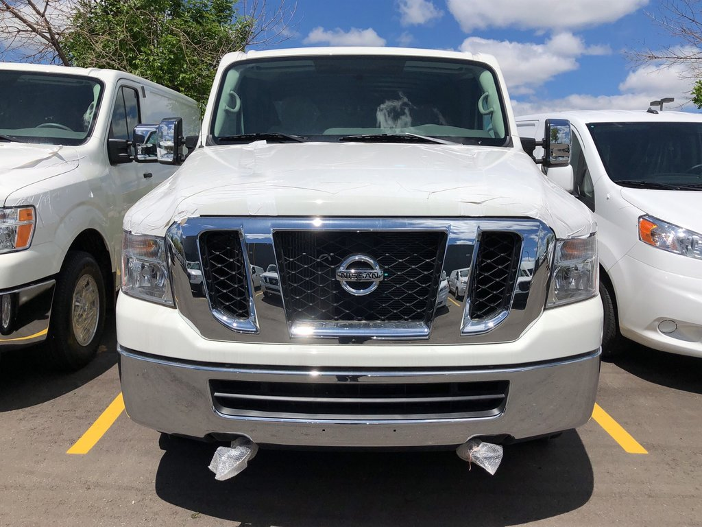 2019 Nissan NV 3500 Cargo SV V8 Standard Roof in Mississauga, Ontario - 2 - w1024h768px