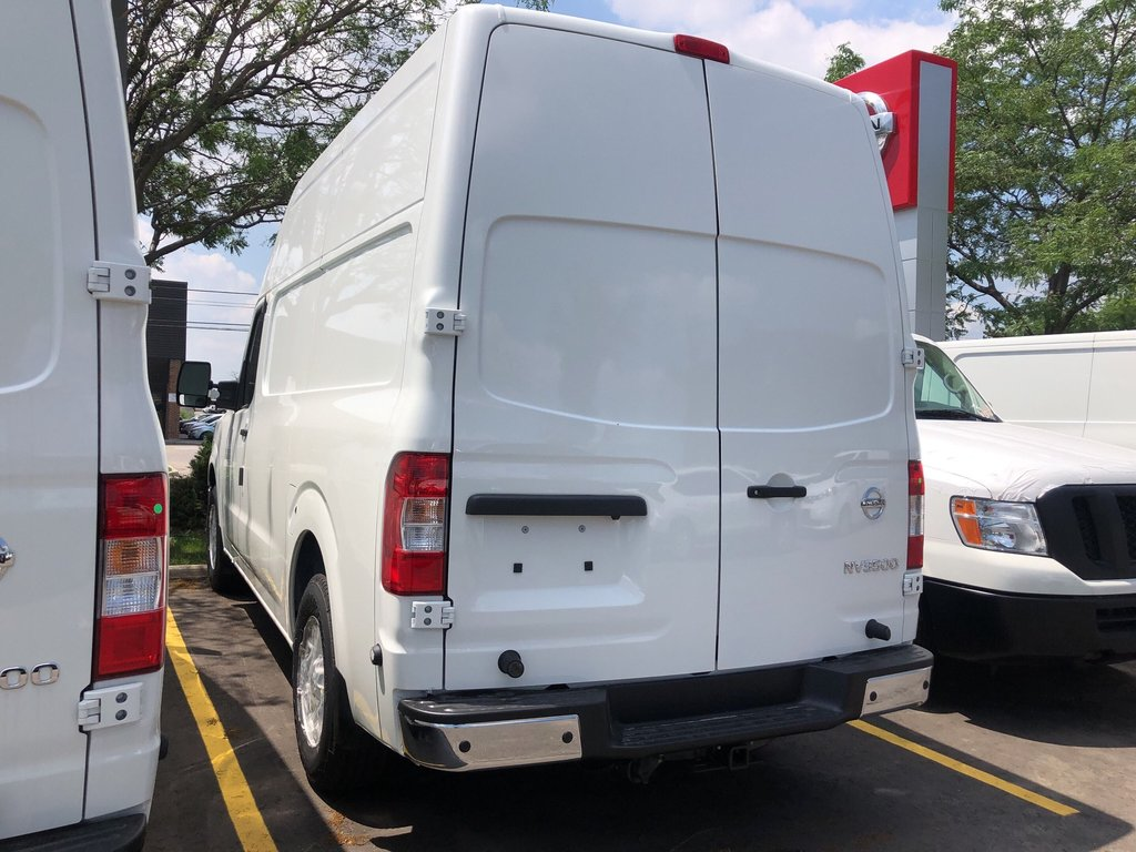 2019 Nissan NV 3500 Cargo SV V8 High Roof in Mississauga, Ontario - 5 - w1024h768px