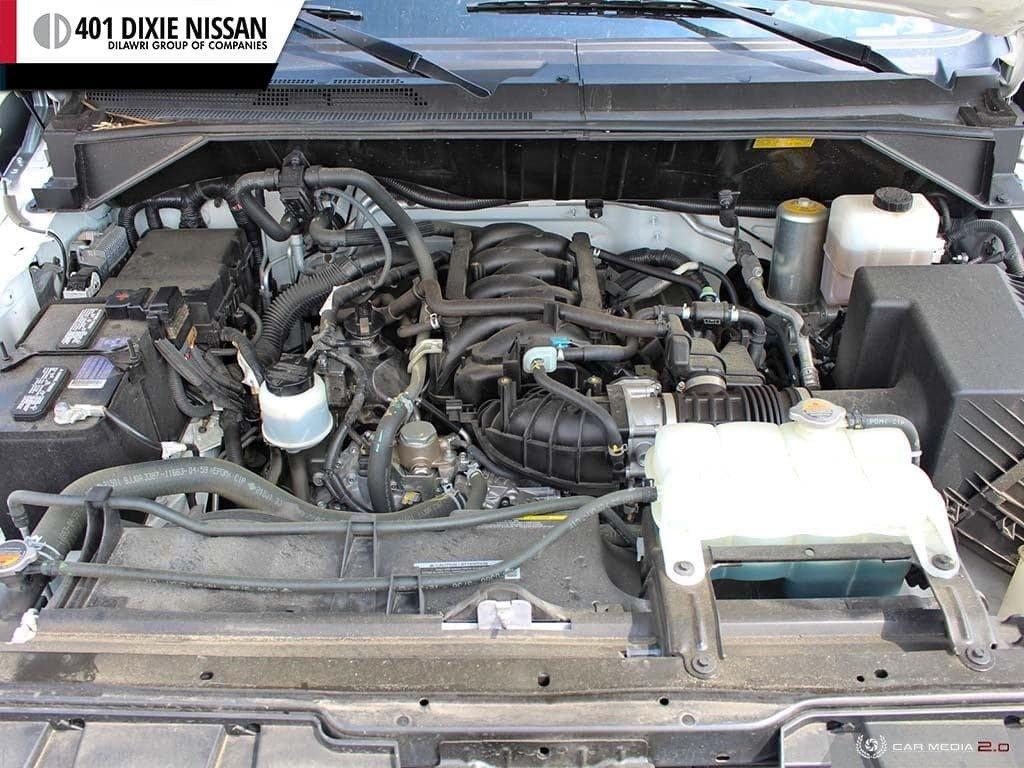 2018 Nissan NV 3500 Passenger SV V8 Standard Roof in Mississauga, Ontario - 8 - w1024h768px
