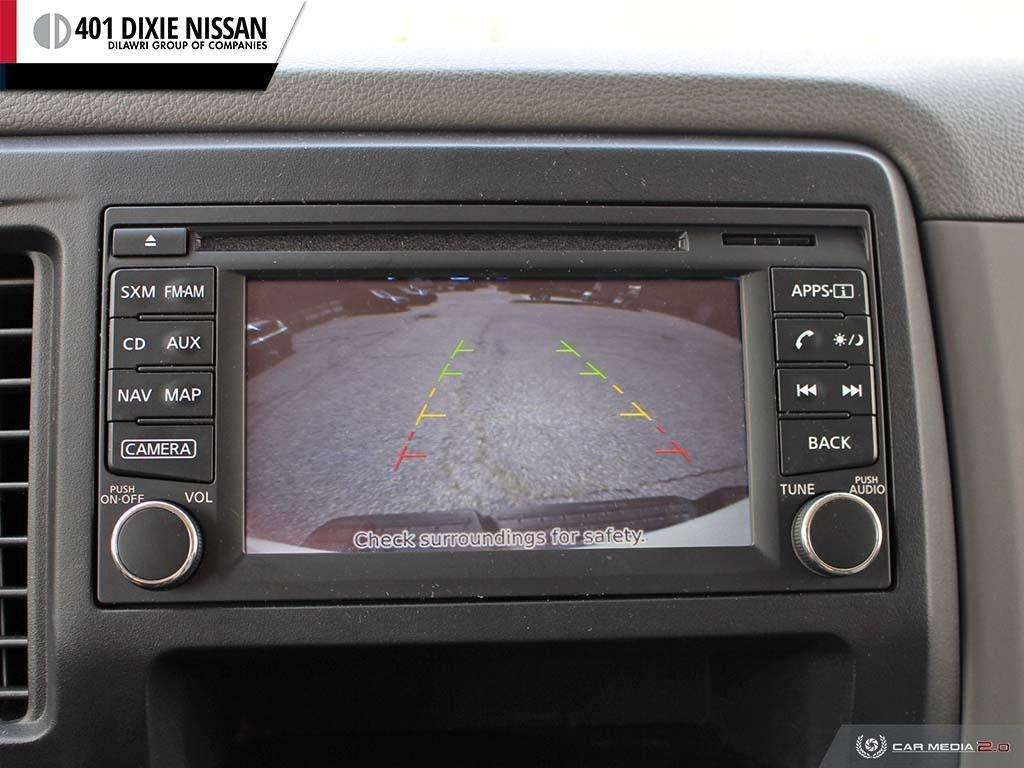 2018 Nissan NV 3500 Passenger SV V8 Standard Roof in Mississauga, Ontario - 20 - w1024h768px