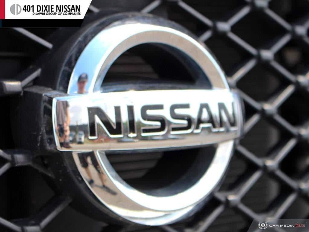 2018 Nissan NV 3500 Passenger SV V8 Standard Roof in Mississauga, Ontario - 9 - w1024h768px