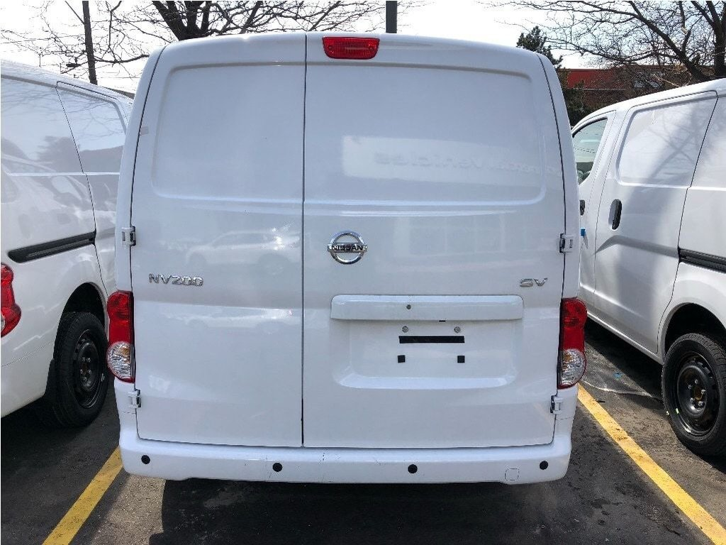 2018 Nissan NV200 Compact Cargo SV in Mississauga, Ontario - 4 - w1024h768px