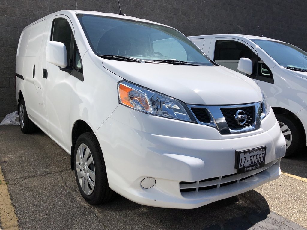 2019 Nissan NV200 Compact Cargo SV in Mississauga, Ontario - 1 - w1024h768px
