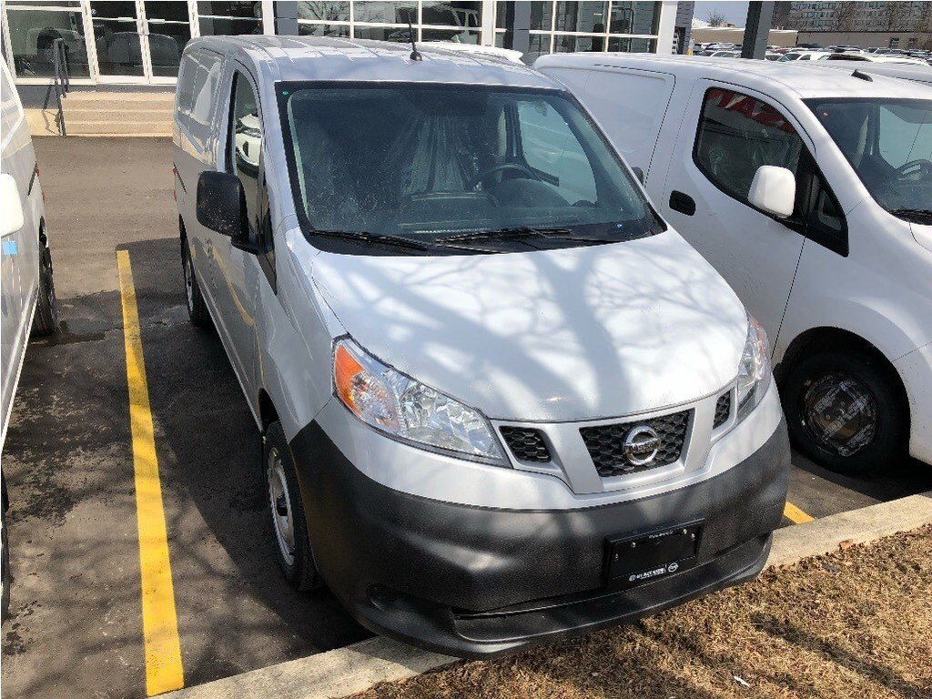 2019 Nissan NV200 Compact Cargo S in Mississauga, Ontario - 5 - w1024h768px