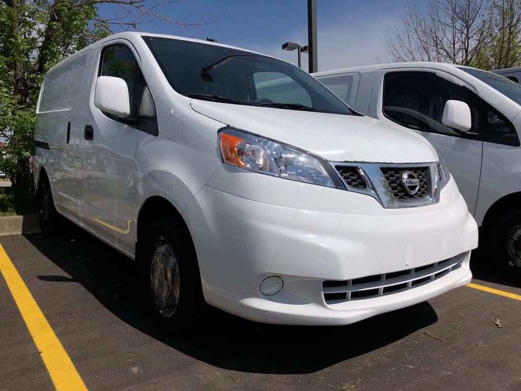 2019 Nissan NV200 Compact Cargo SV in Mississauga, Ontario - 2 - w1024h768px