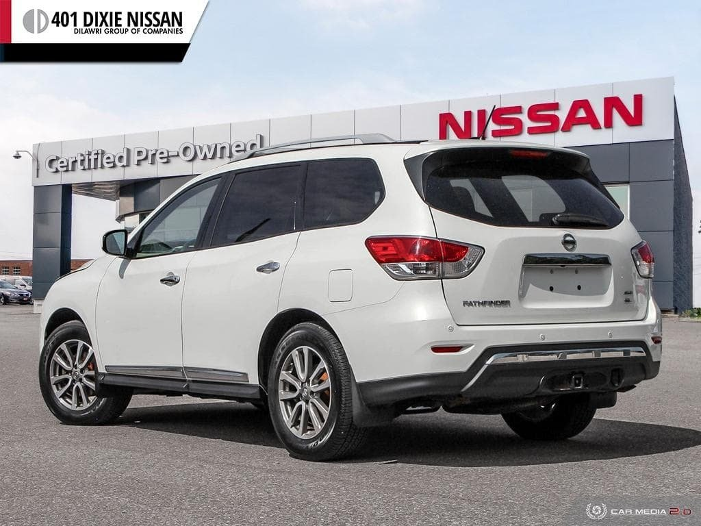 2014 Nissan Pathfinder SL V6 4x4 at in Mississauga, Ontario - 4 - w1024h768px