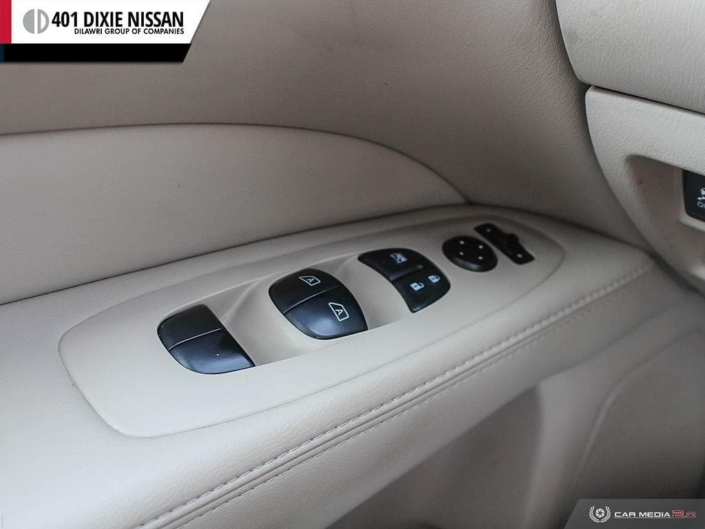 2014 Nissan Pathfinder SL V6 4x4 at in Mississauga, Ontario - 15 - w1024h768px