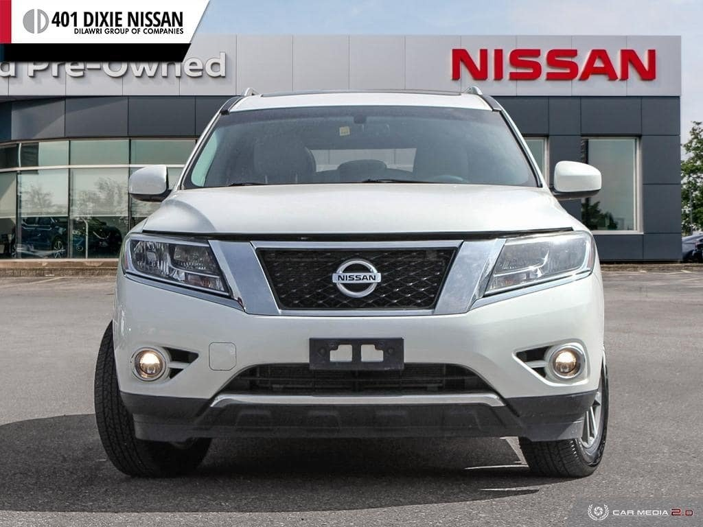 2014 Nissan Pathfinder SL V6 4x4 at in Mississauga, Ontario - 2 - w1024h768px