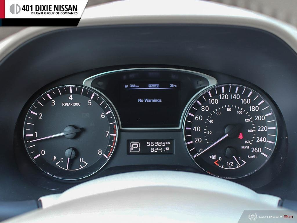 2014 Nissan Pathfinder SL V6 4x4 at in Mississauga, Ontario - 13 - w1024h768px