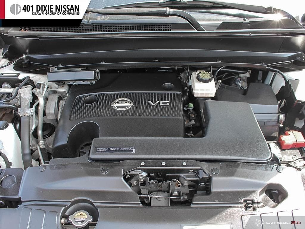 2014 Nissan Pathfinder SL V6 4x4 at in Mississauga, Ontario - 8 - w1024h768px