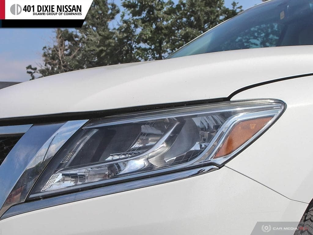 2014 Nissan Pathfinder SL V6 4x4 at in Mississauga, Ontario - 10 - w1024h768px