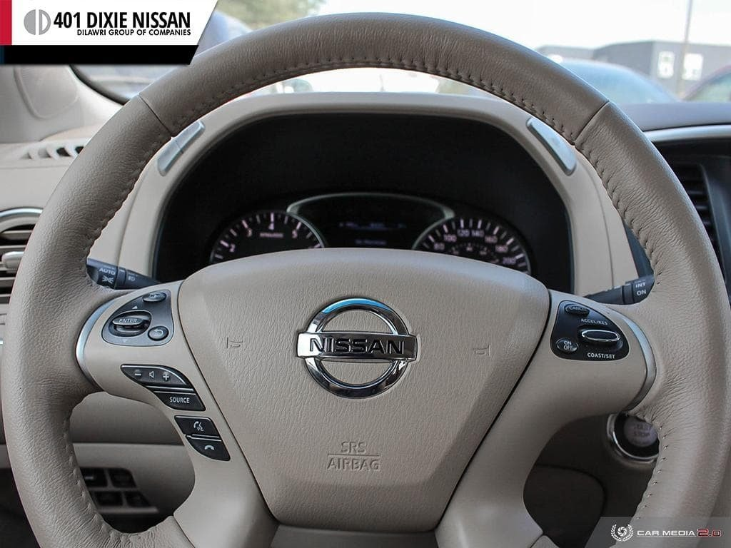 2014 Nissan Pathfinder SL V6 4x4 at in Mississauga, Ontario - 12 - w1024h768px