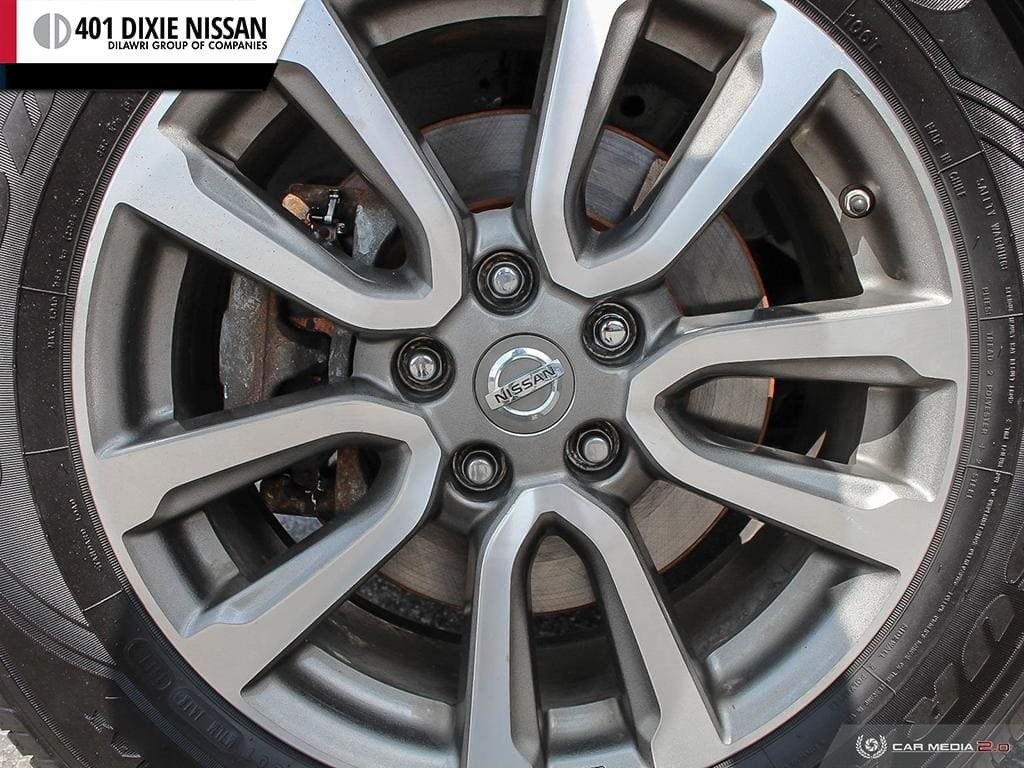 2014 Nissan Pathfinder SL V6 4x4 at in Mississauga, Ontario - 6 - w1024h768px