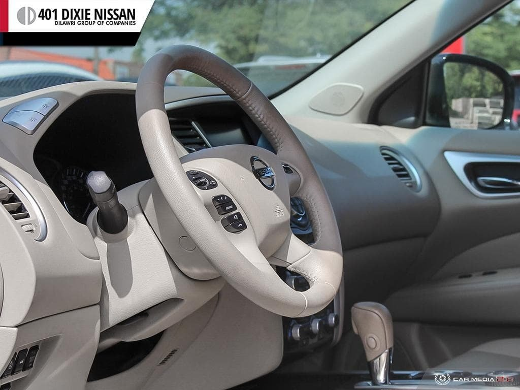 2014 Nissan Pathfinder SL V6 4x4 at in Mississauga, Ontario - 11 - w1024h768px