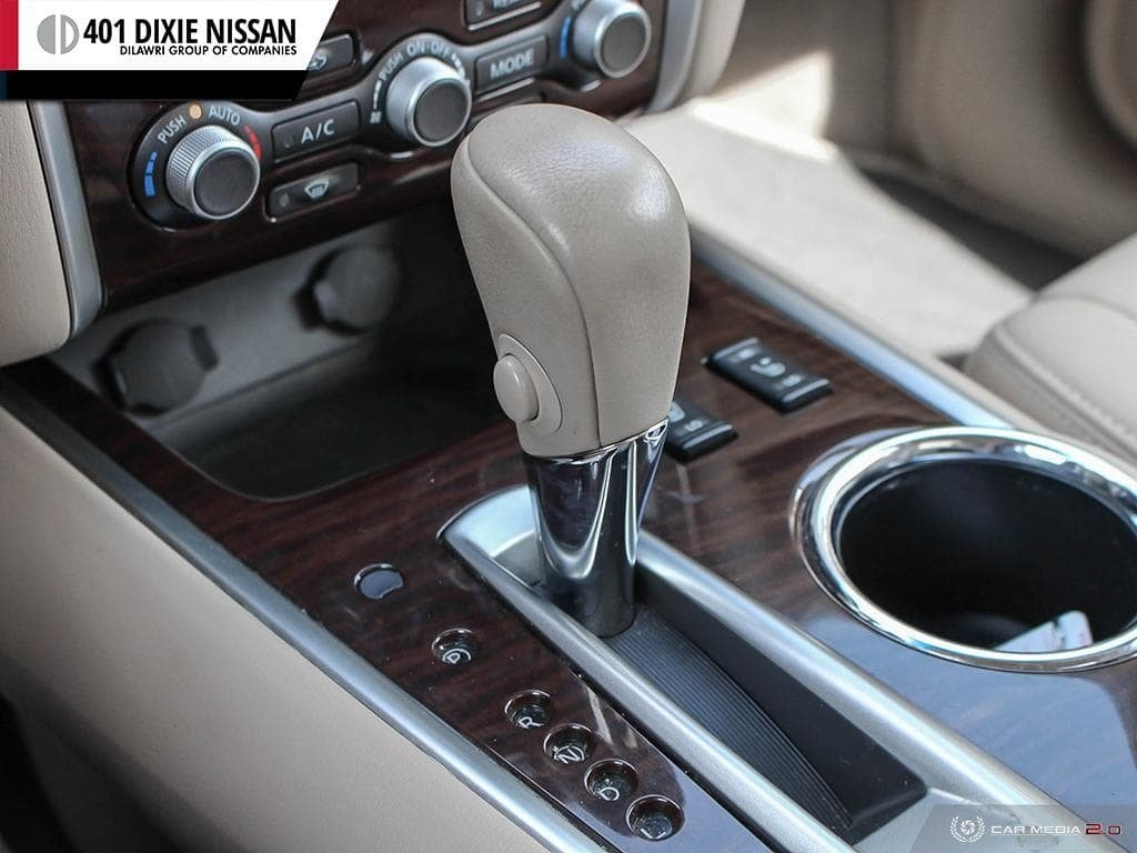 2014 Nissan Pathfinder SL V6 4x4 at in Mississauga, Ontario - 17 - w1024h768px