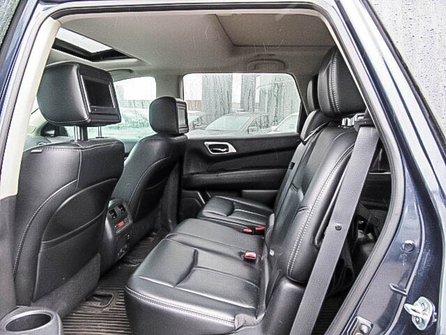 2016 Nissan Pathfinder Platinum V6 4x4 at in Mississauga, Ontario - 9 - w1024h768px