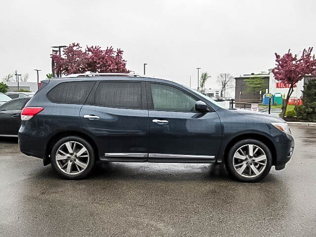 2016 Nissan Pathfinder Platinum V6 4x4 at in Mississauga, Ontario - 4 - w1024h768px