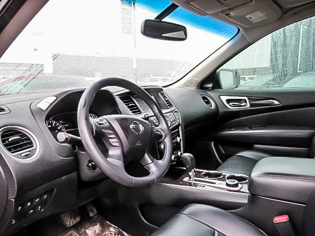 2016 Nissan Pathfinder Platinum V6 4x4 at in Mississauga, Ontario - 24 - w1024h768px