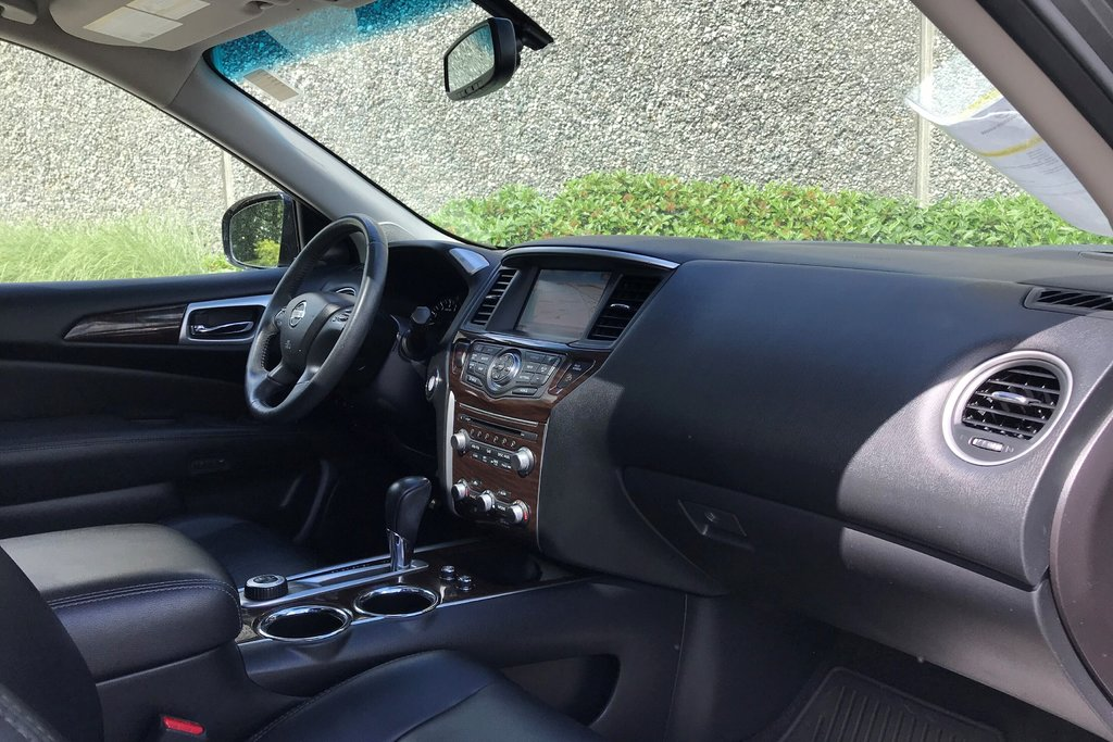 2016 Nissan Pathfinder Platinum V6 4x4 at in North Vancouver, British Columbia - 12 - w1024h768px