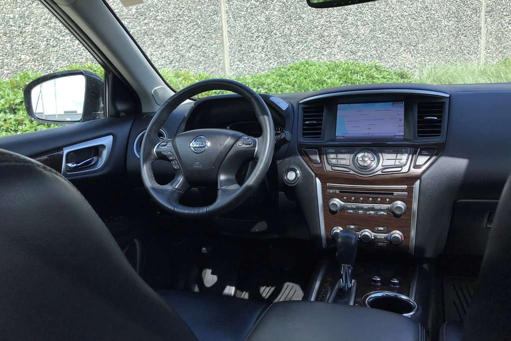 2016 Nissan Pathfinder Platinum V6 4x4 at in North Vancouver, British Columbia - 5 - w1024h768px