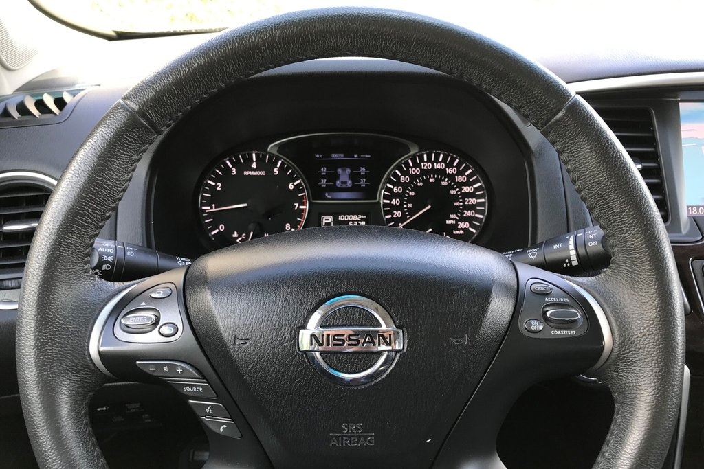 2016 Nissan Pathfinder Platinum V6 4x4 at in North Vancouver, British Columbia - 6 - w1024h768px