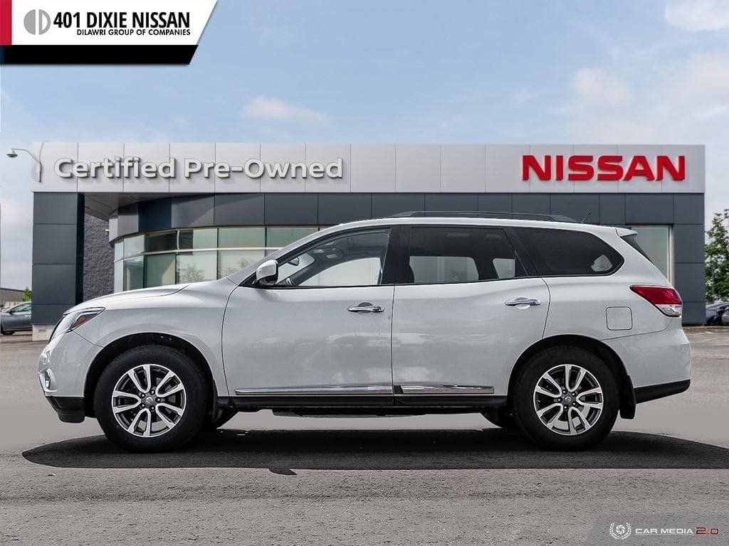 2016 Nissan Pathfinder SL V6 4x4 at in Mississauga, Ontario - 3 - w1024h768px