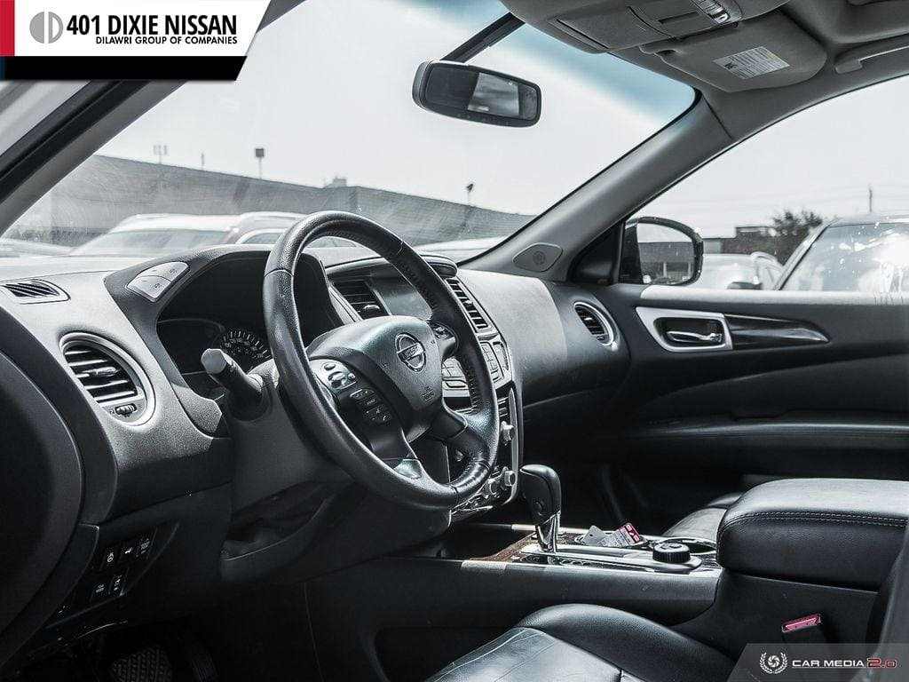 2016 Nissan Pathfinder SL V6 4x4 at in Mississauga, Ontario - 12 - w1024h768px