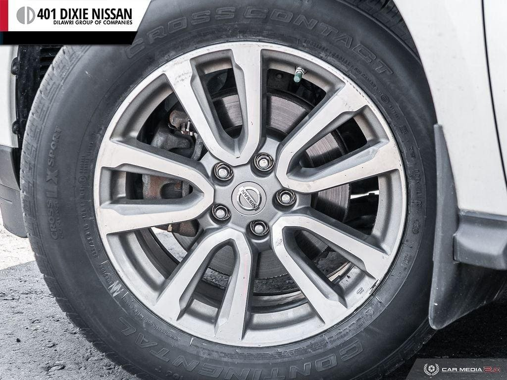 2016 Nissan Pathfinder SL V6 4x4 at in Mississauga, Ontario - 6 - w1024h768px