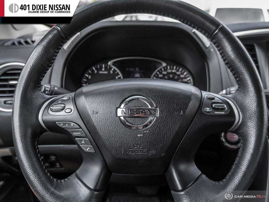 2016 Nissan Pathfinder SL V6 4x4 at in Mississauga, Ontario - 13 - w1024h768px