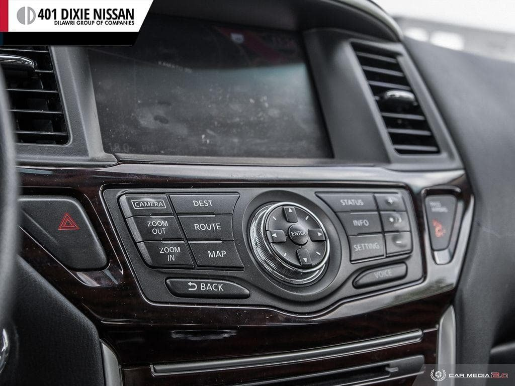 2016 Nissan Pathfinder SL V6 4x4 at in Mississauga, Ontario - 19 - w1024h768px