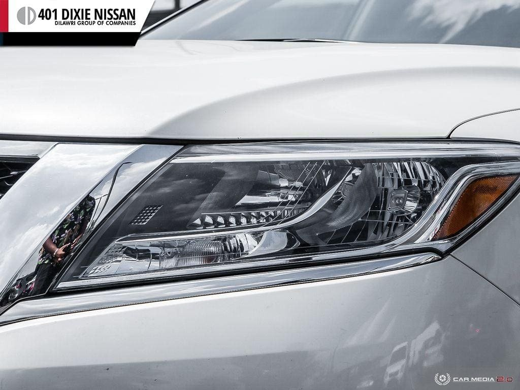 2016 Nissan Pathfinder SL V6 4x4 at in Mississauga, Ontario - 9 - w1024h768px