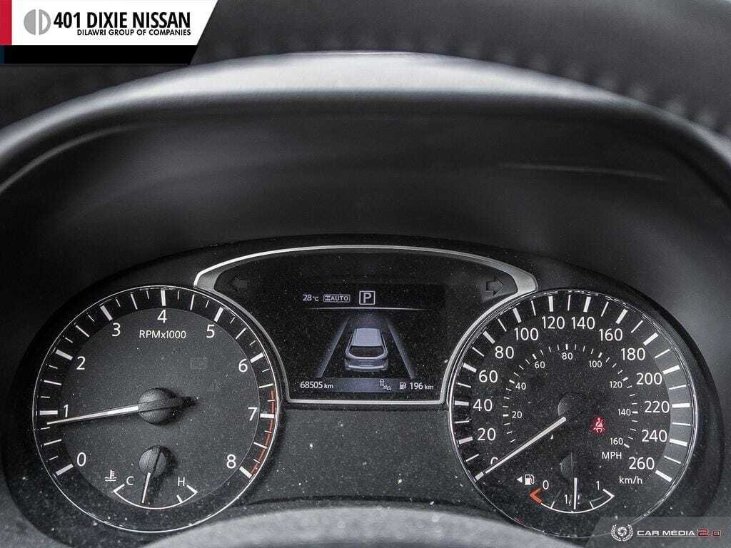 2016 Nissan Pathfinder SL V6 4x4 at in Mississauga, Ontario - 14 - w1024h768px