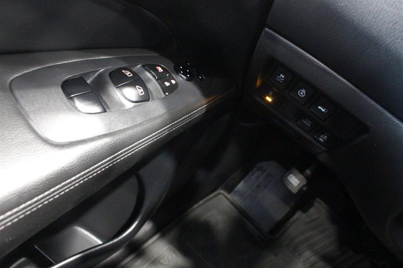 2018 Nissan Pathfinder SL Premium V6 4x4 at in Regina, Saskatchewan - 3 - w1024h768px