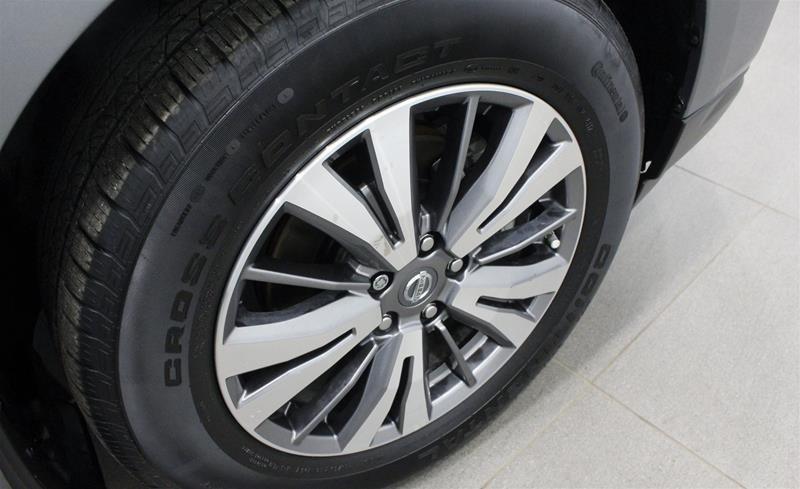 2018 Nissan Pathfinder SL Premium V6 4x4 at in Regina, Saskatchewan - 18 - w1024h768px
