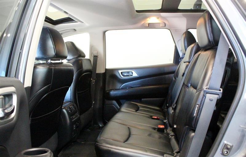 2018 Nissan Pathfinder SL Premium V6 4x4 at in Regina, Saskatchewan - 12 - w1024h768px