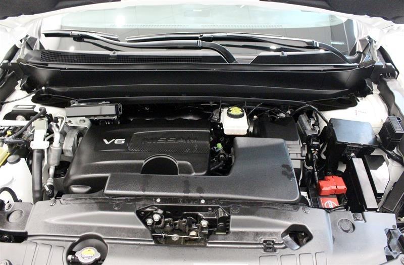 2018 Nissan Pathfinder Platinum V6 4x4 at in Regina, Saskatchewan - 19 - w1024h768px