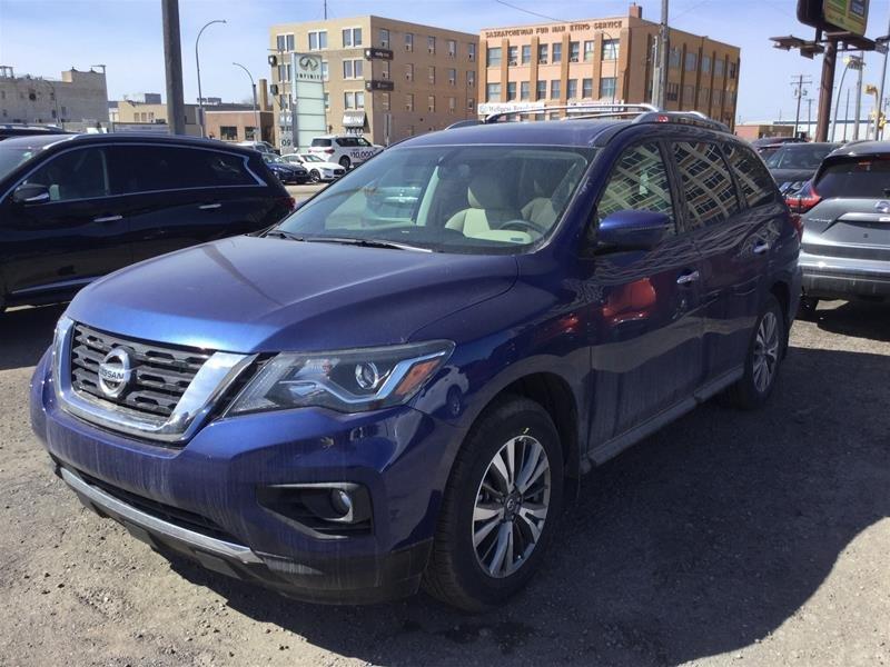 2019 Nissan Pathfinder SL Premium V6 4x4 at in Regina, Saskatchewan - 1 - w1024h768px