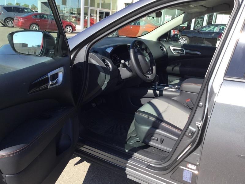 2019 Nissan Pathfinder SV Tech V6 4x4 at in Regina, Saskatchewan - 5 - w1024h768px