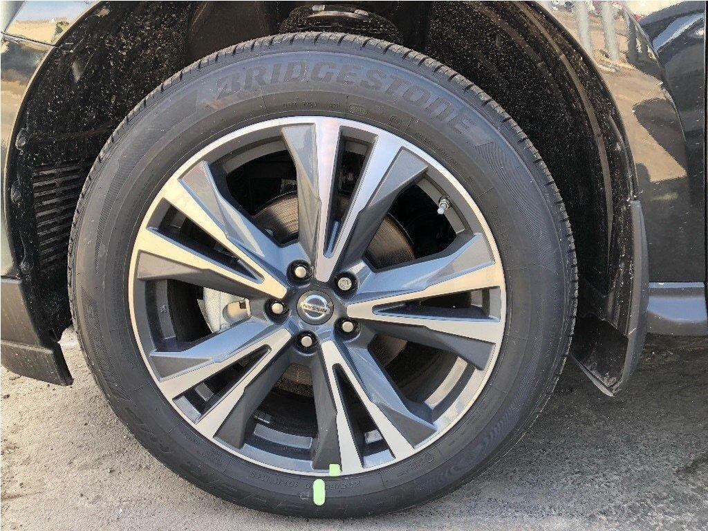 2019 Nissan Pathfinder Platinum V6 4x4 at in Mississauga, Ontario - 4 - w1024h768px