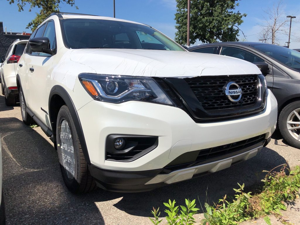 2019 Nissan Pathfinder SL Premium V6 4x4 at in Mississauga, Ontario - 2 - w1024h768px