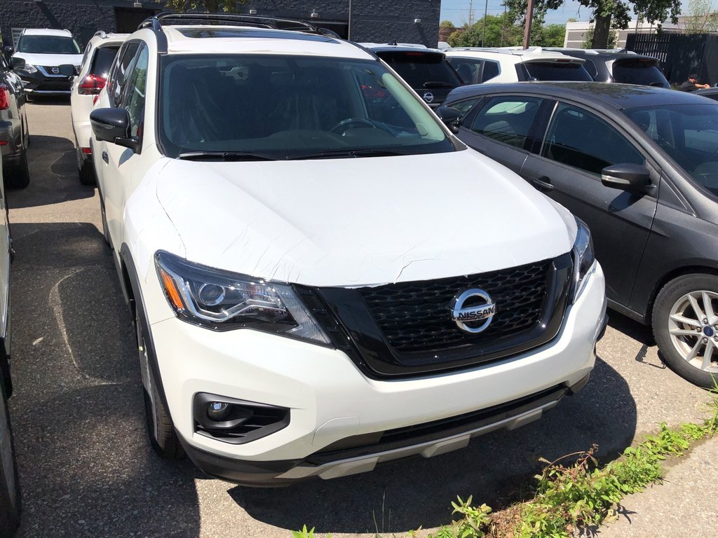 2019 Nissan Pathfinder SL Premium V6 4x4 at in Mississauga, Ontario - 4 - w1024h768px