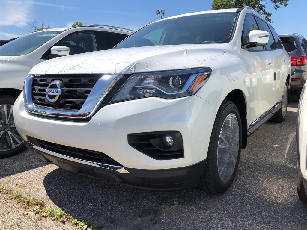2019 Nissan Pathfinder Platinum V6 4x4 at in Mississauga, Ontario - 1 - w1024h768px