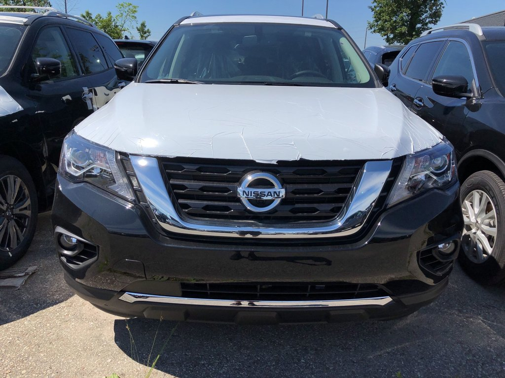 2019 Nissan Pathfinder Platinum V6 4x4 at in Mississauga, Ontario - 3 - w1024h768px