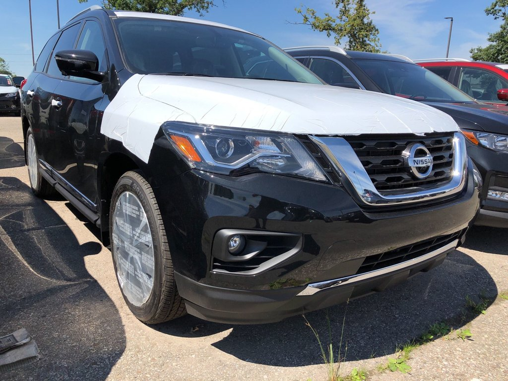 2019 Nissan Pathfinder Platinum V6 4x4 at in Mississauga, Ontario - 2 - w1024h768px