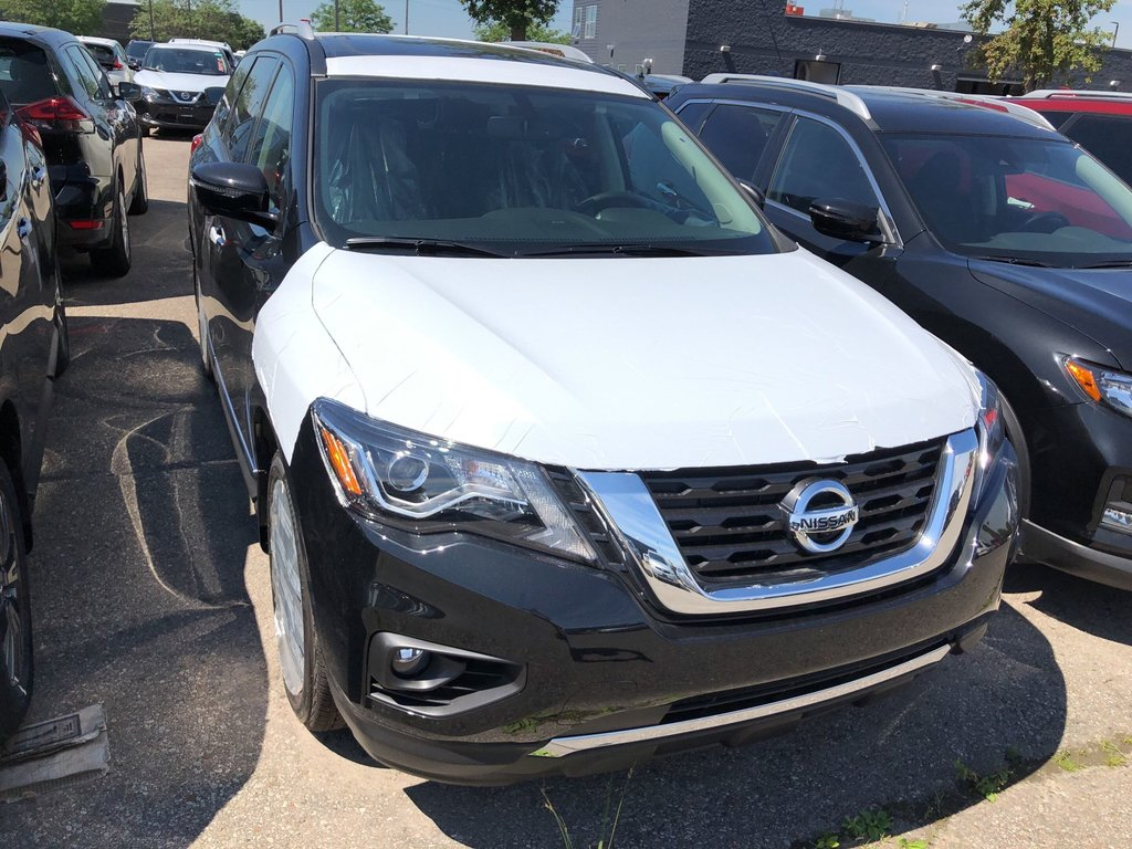 2019 Nissan Pathfinder Platinum V6 4x4 at in Mississauga, Ontario - 4 - w1024h768px