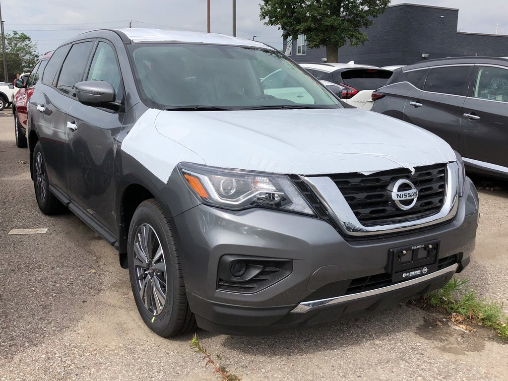 2019 Nissan Pathfinder S V6 4x4 at in Mississauga, Ontario - 3 - w1024h768px