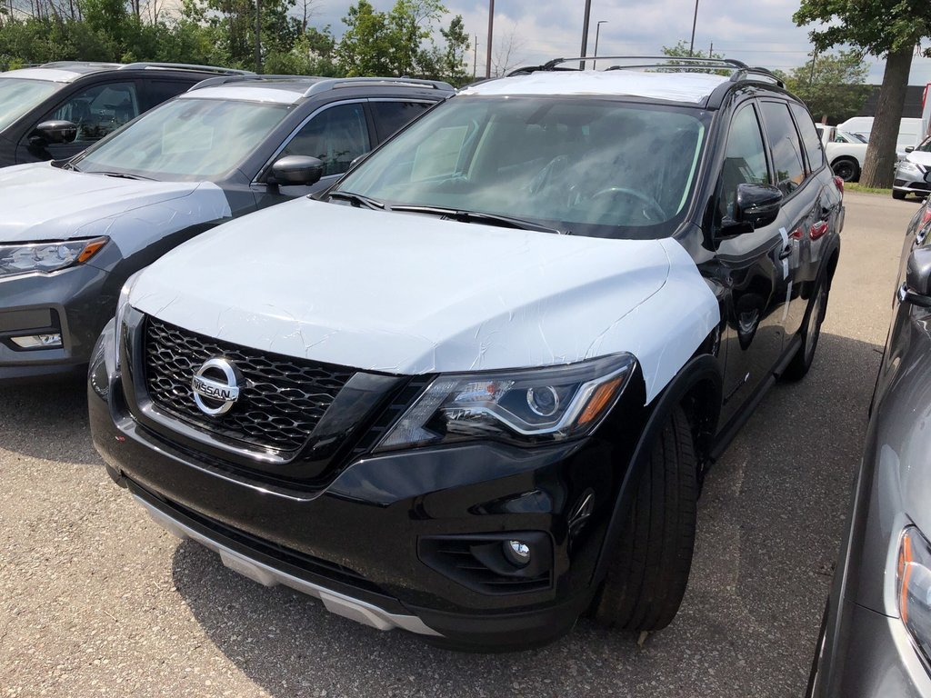 2019 Nissan Pathfinder SV Tech V6 4x4 at in Mississauga, Ontario - 5 - w1024h768px