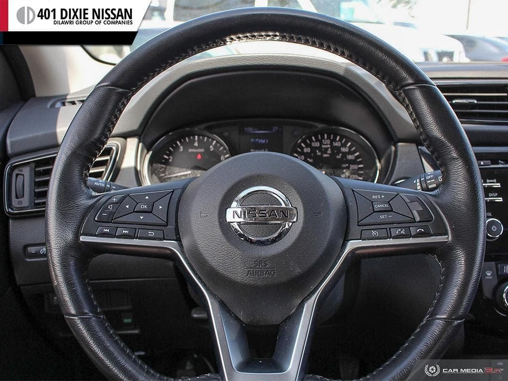 2017 Nissan Qashqai SV AWD CVT in Mississauga, Ontario - 13 - w1024h768px